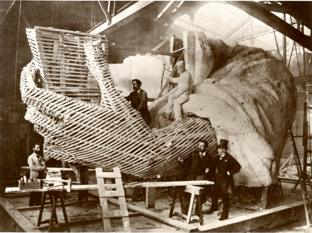 construction-of-statue-of-liberty-8.jpg